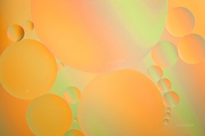 oil and water, bubbles, macro